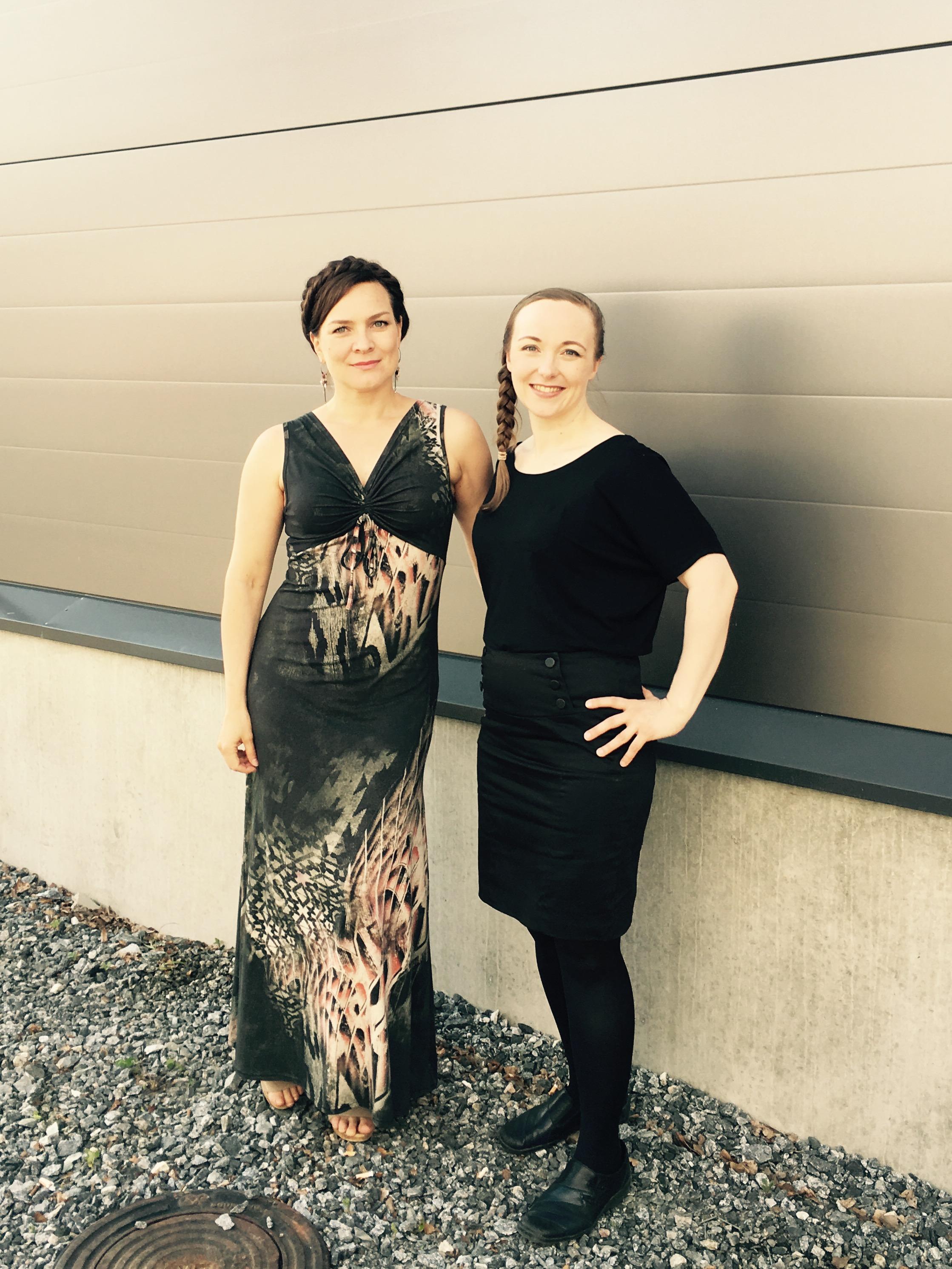 Kitusuon Sofia -oopperan sisarukset Sofia Ulla Paakkunainen ja Miina (Maria Svan)